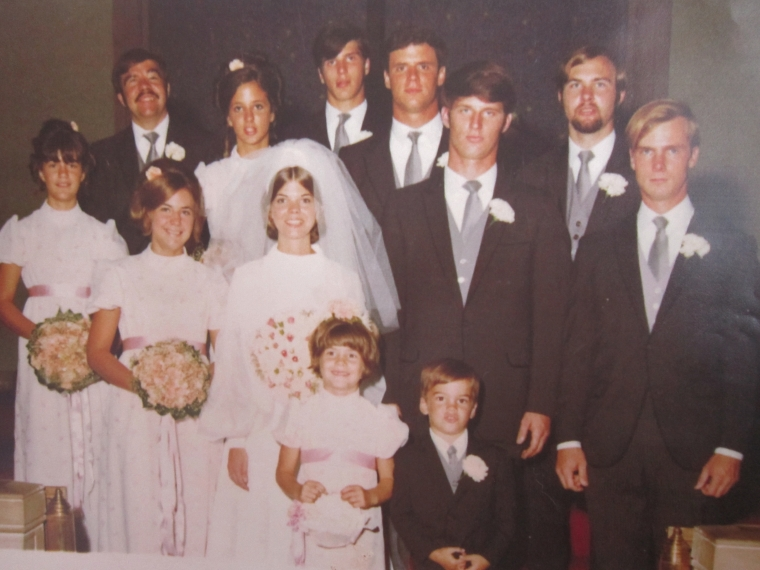 Top row: Jimmy, Joy, Jay, Feller, Johnny Middle Row: Cecilia, Kathy, MM, Crick, Lee Bottom Row: Christine, Tommy